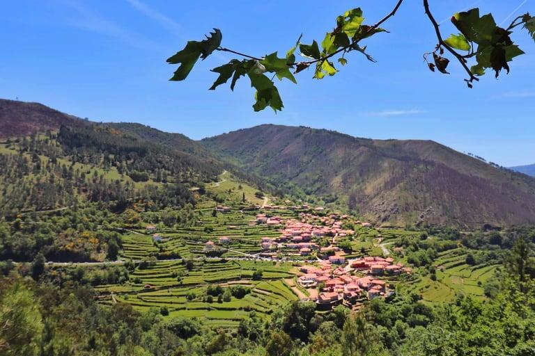Vista sobre a aldeia do Sistelo